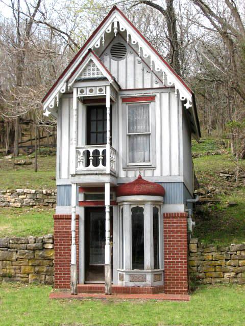 Cutest tiny house in the world wicked blog for Cutest house in the world