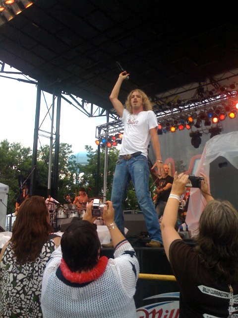 Bucky Covington onstage in Lexington, Kentucky